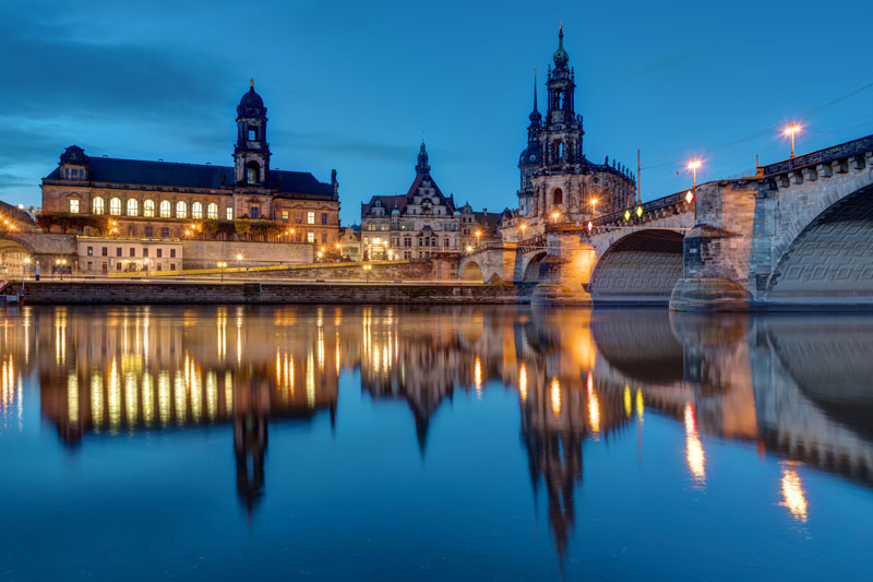 Dresden-JWs4xH.tmp_